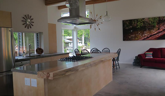 Tofino Accommodation – The Anglers Inn. Kitchen and Living Room.